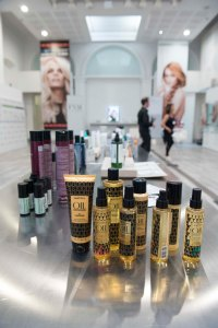 Green Inspiration Fashion News Magazine Chic Zone Accademia loreal (3)